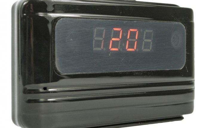 Электронные часы-будильник с видеокамерой CD2 купить за 6800р