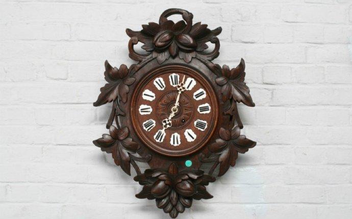 Купить антикварные, старинные настенные деревянные часы с боем