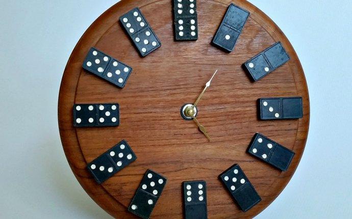Настенные часы-домино своими руками | Лучшие самоделки | Best DIY