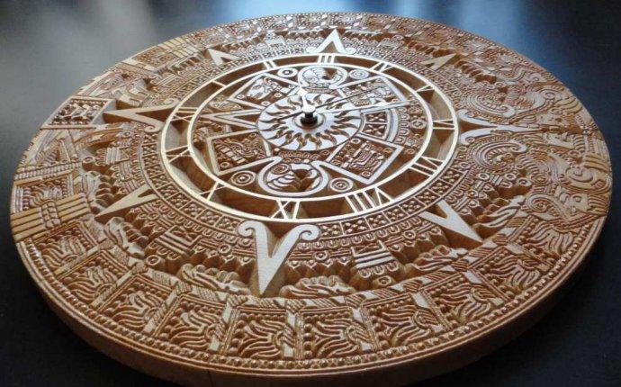 Настенные деревянные часы «Золото Ацтеков» | Орнаментум