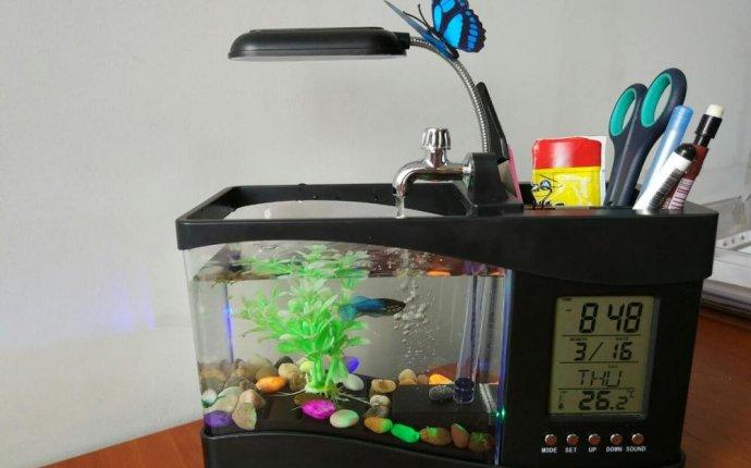 Настольный мини аквариум с подсветкой, проточной водой, часами и