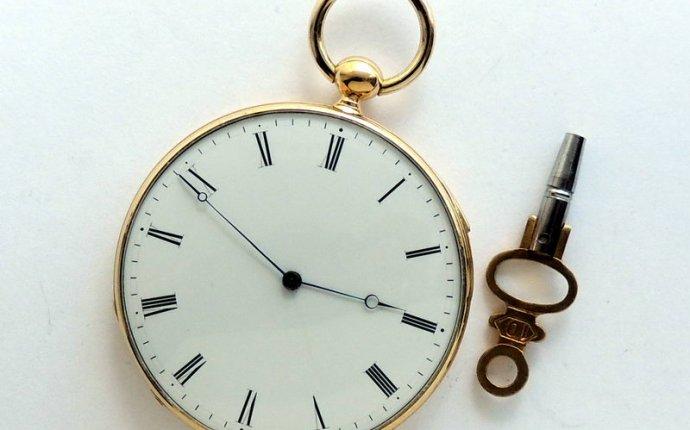 Редкие старинные антикварные часы на продажу. Продажа антиквариата