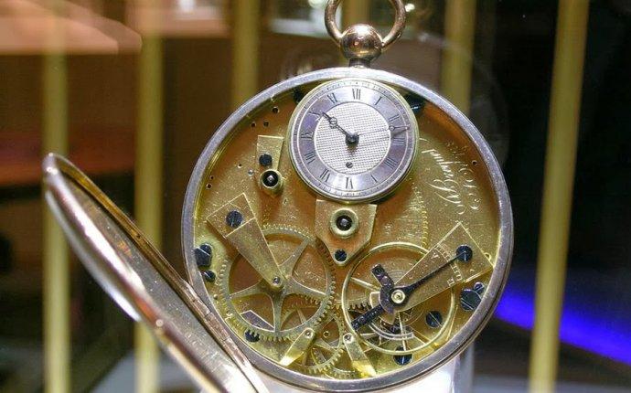 Самые литературные часы
